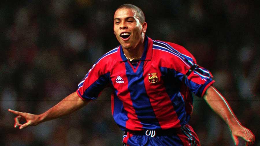 Màu áo đội tuyển Brazil và huyền thoại Ronaldo