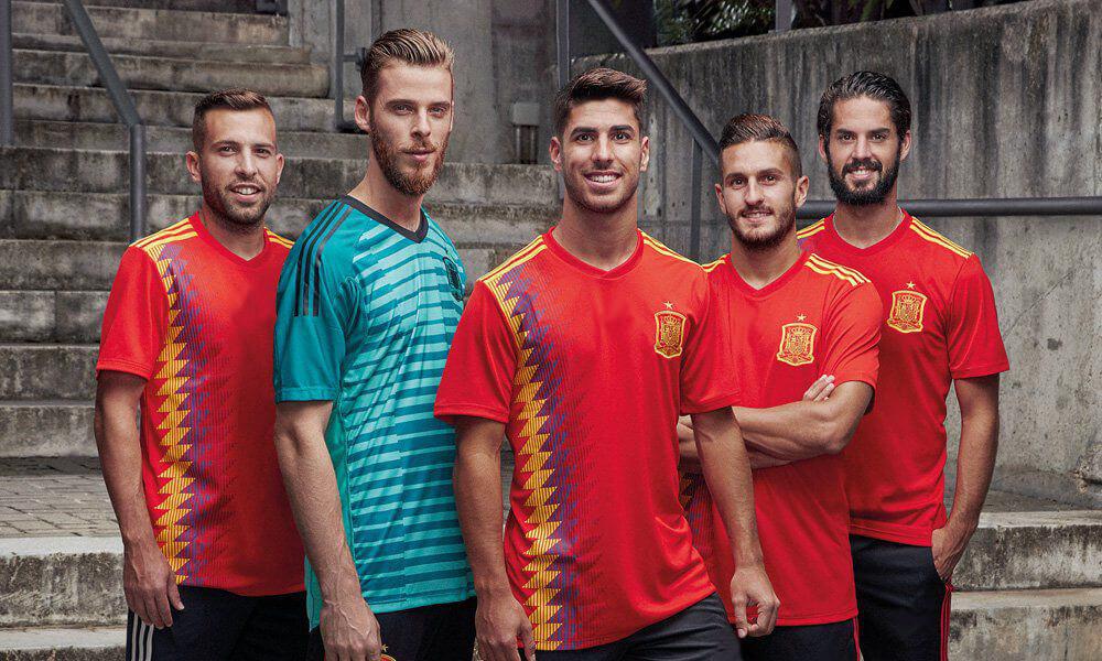 Áo đấu Tây Ban Nha World Cup 2018 - Sự trỗi dậy của Nhà vua