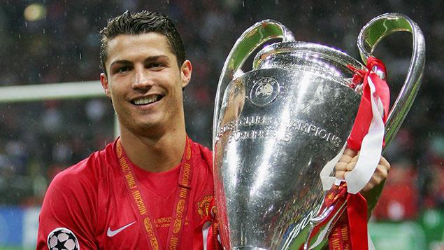 Cristiano Ronaldo bật mí chiều cao thật ở độ tuổi 35