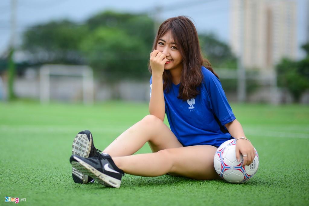 Cách chọn áo bóng đá, áo đá banh nữ SIÊU đẹp - SIÊU chất