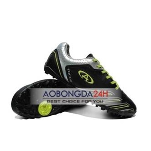 Giày đá bóng Codad Focus màu đen
