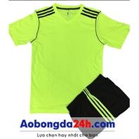 Áo đá bóng không logo Traning xanh nõn chuối (mẫu 65)