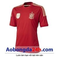 Áo đấu Tây Ban Nha 2015 màu đỏ