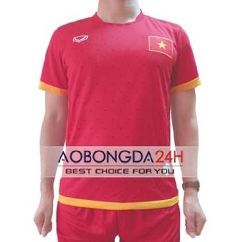 Áo đấu Việt Nam 2015 màu đỏ