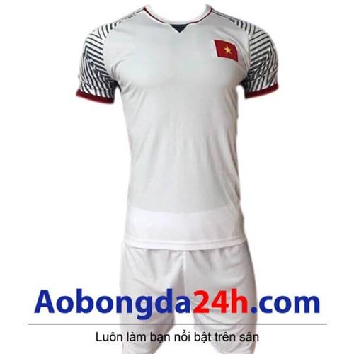 Áo đấu Việt Nam 2018 - 2019 sân khách màu trắng