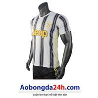 Áo đấu clb Juventus 2020 - 2021 sân nhà trắng đen