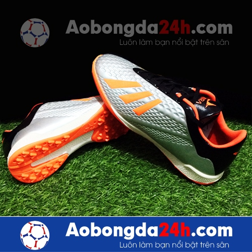 Giày đá bóng Mira 05 (MR05) đinh TF màu bạc